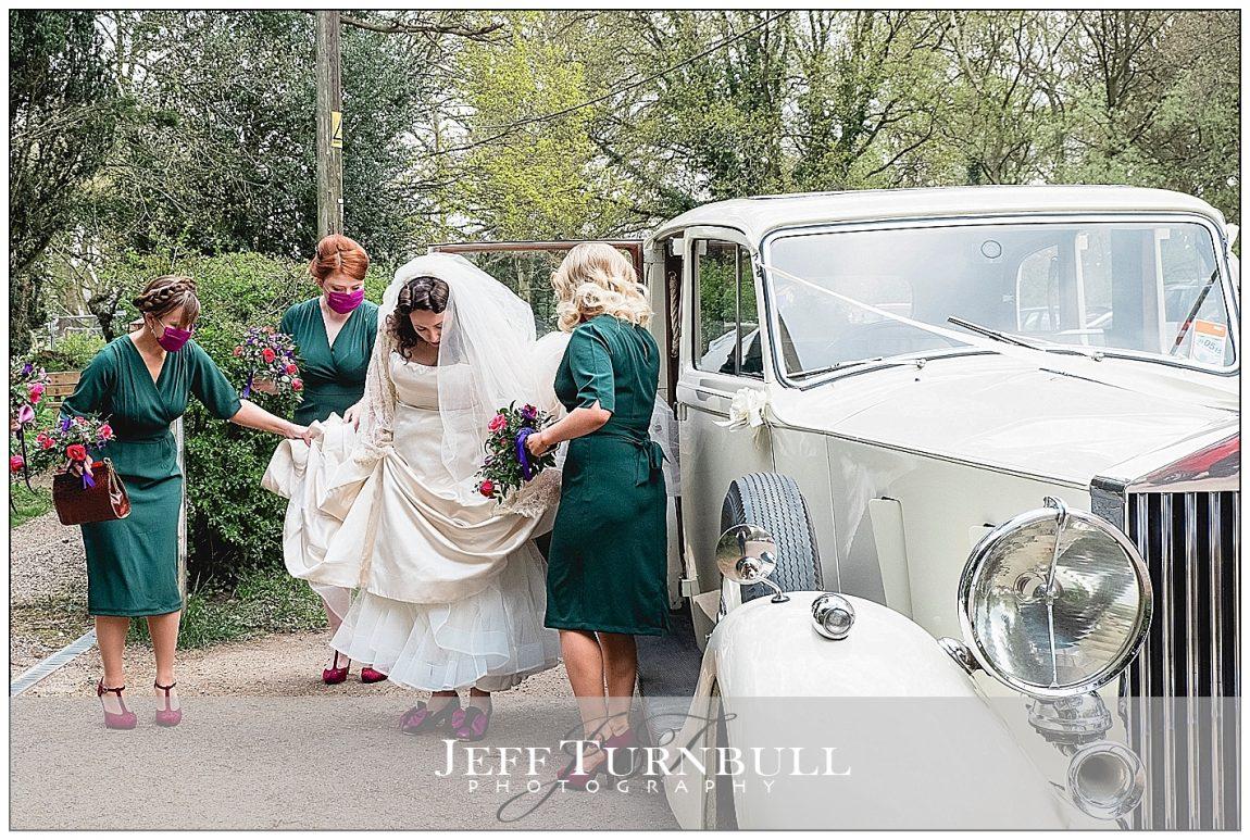 1940s Bride and Wedding Car